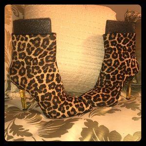 Like New Micheal Kors Leopard Heels